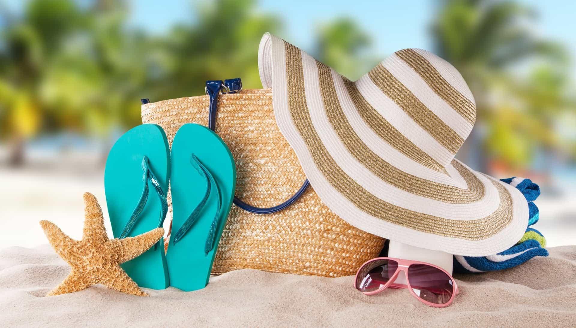 10 вещей, которые нужно положить в вашу пляжную сумку