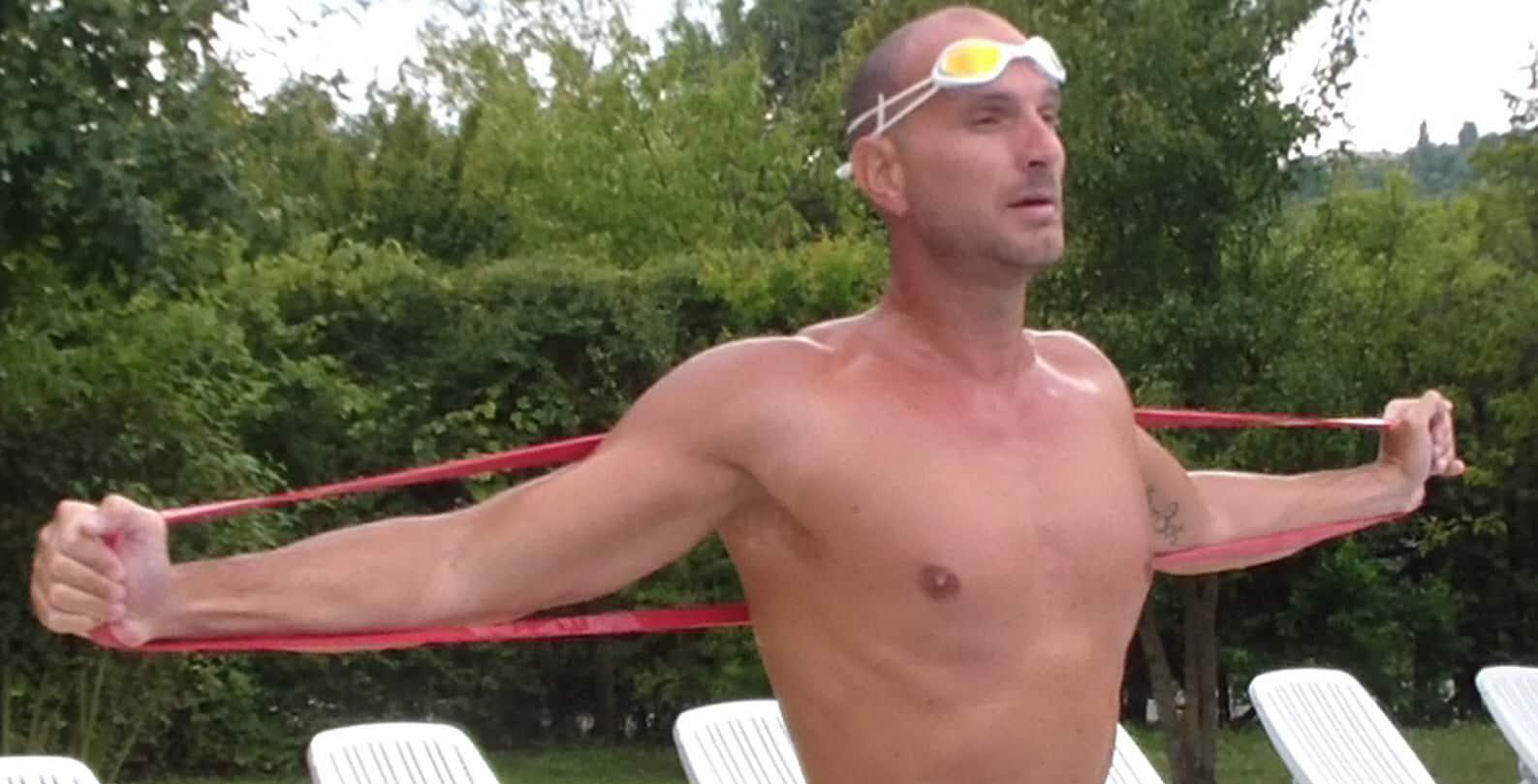 Как предотвратить травмы у пловца