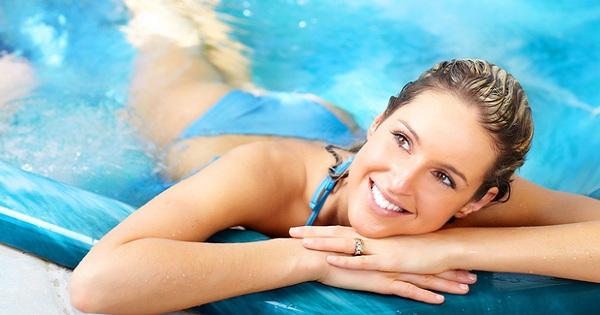 Плавание поможет стать тебе красивой: как бороться с несовершенствами