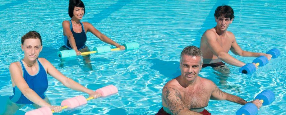 Не только спортзал: все преимущества аквафитнеса
