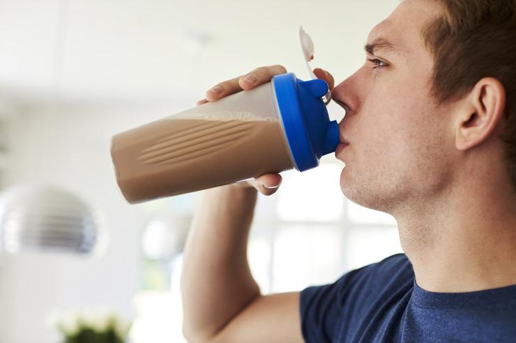 Возьмите шоколадное молоко и восстановитесь быстрее!