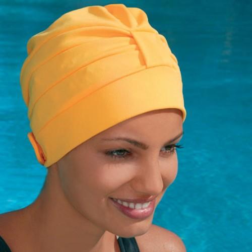 Волосы и плавание: плавайте без забот!