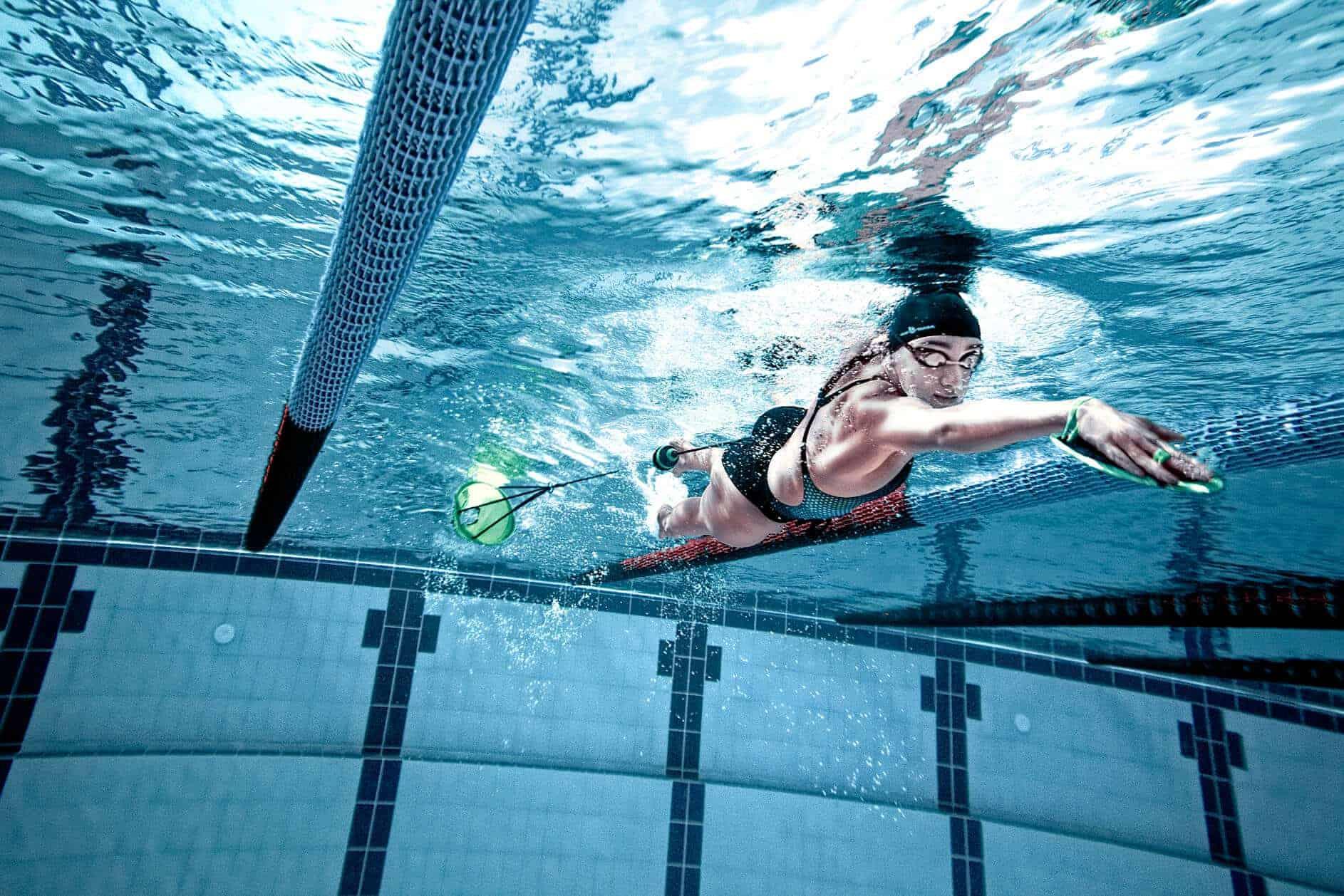Плавание с сопротивлением