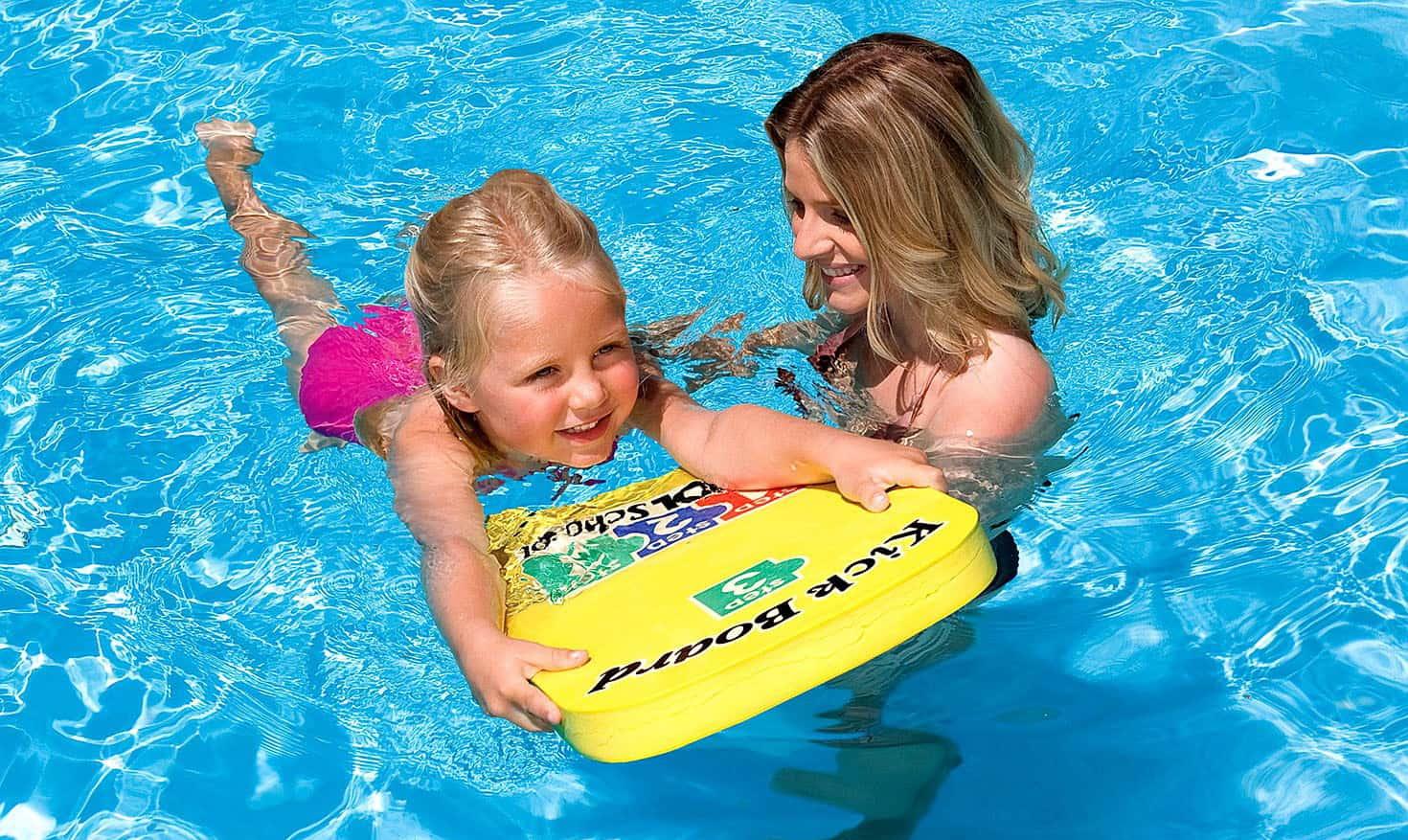 Тренажеры для плавания: доски и калабашки