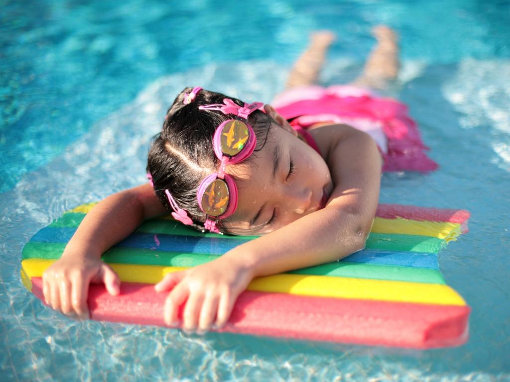 Что нужно для посещения бассейна