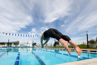 Ныряние в современных видах спорта на воде